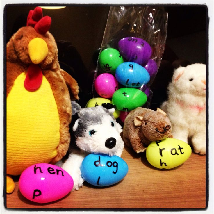 Phonic eggs to build words and rhyming words relating to the little red hen.