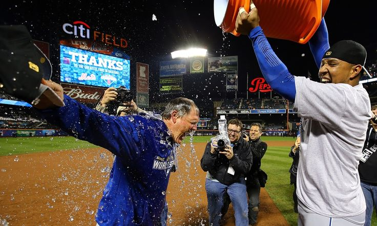 Two down in the ninth inning, Kansas City hit back to win 7-2 at Citi Field and clinch first championship since 1985