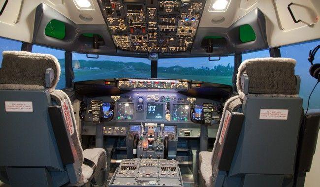 [TOPITRUC] Une simulation de vol dans un cockpit de Boeing 737-800