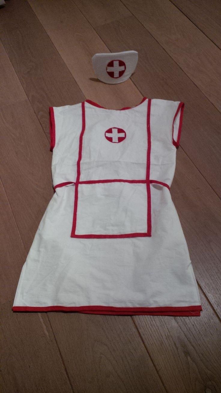 Verkleedkleren: verpleegsters uniform
