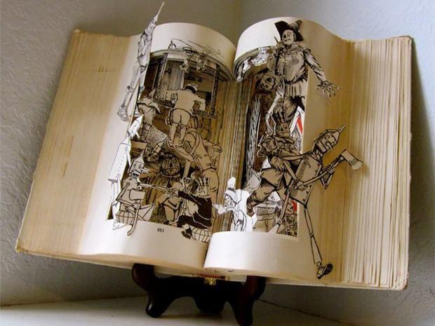 Χάρτινα γλυπτά βιβλία - Στο ράφι - ΔΙΑΣΚΕΔΑΣΗ | oneman.gr