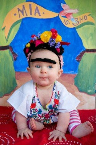 Frida Kahlo Baby Costume - BAHAHAHA! Who would do this to their