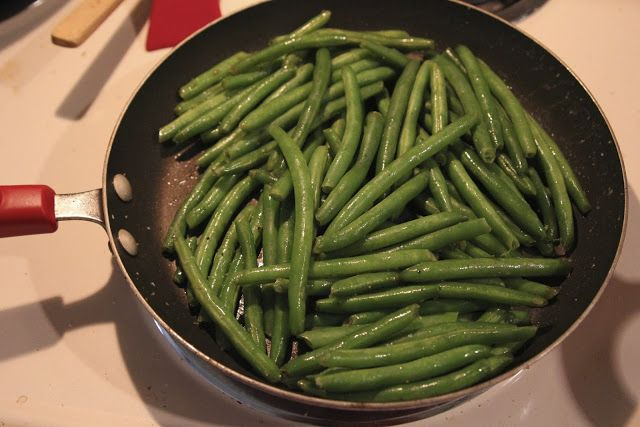 How to Cook Fresh Green Beans - boiled first, then sautéed with onion, garlic and your imagination.