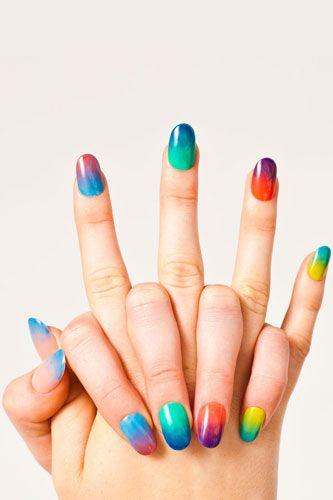 American Apparel's sheer nail polishes make ombre easy!Nails Art, American Apparel, Nailart, Nails Design, Colors Nails, Summer Nails, Gradient Nails, Nails Polish, Rainbows Nails