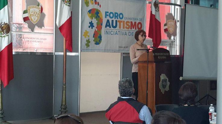 Realizan foro para legislar ley de protección de personas autistas | El Puntero