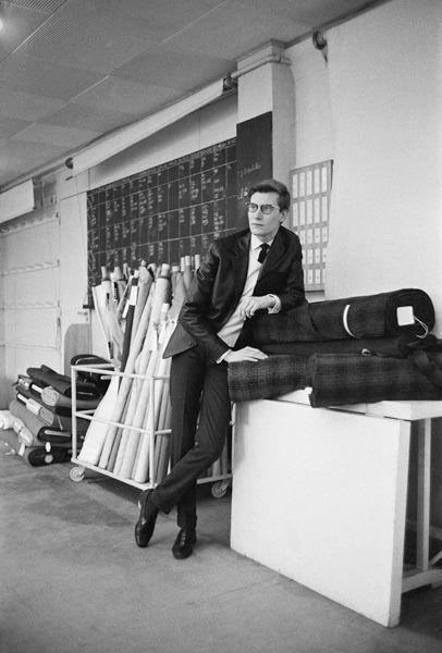 171 best mark shaw photographer images on pinterest fashion vintage vintage fashion and. Black Bedroom Furniture Sets. Home Design Ideas