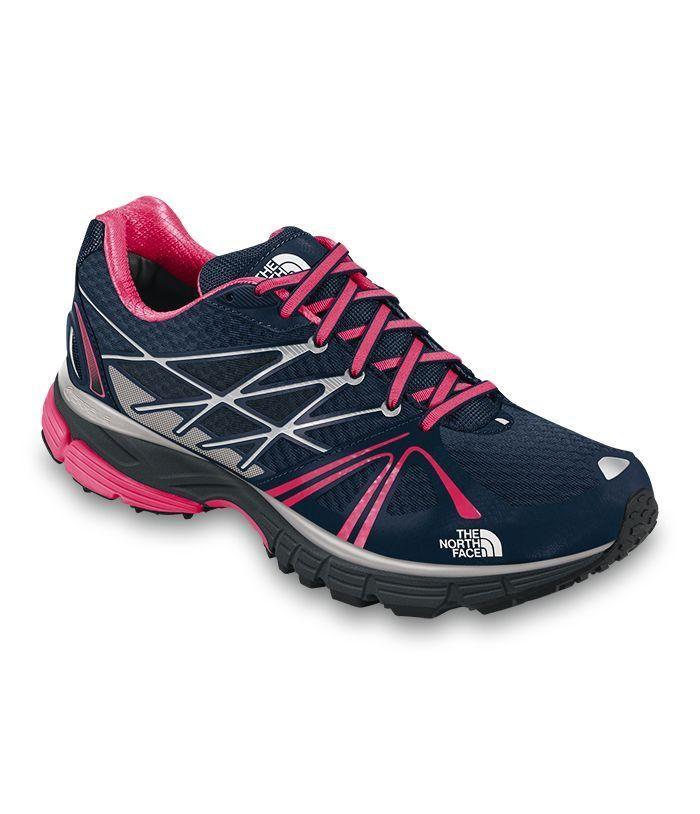 WOMEN'S ULTRA EQUITY: Obtén la estabilidad que necesitas cuando estas corriendo sobre terreno agreste o pavimentado con estos zapatos deportivos de alto desempeño que corrigen la sobre pronación. #run #running #trailrunning