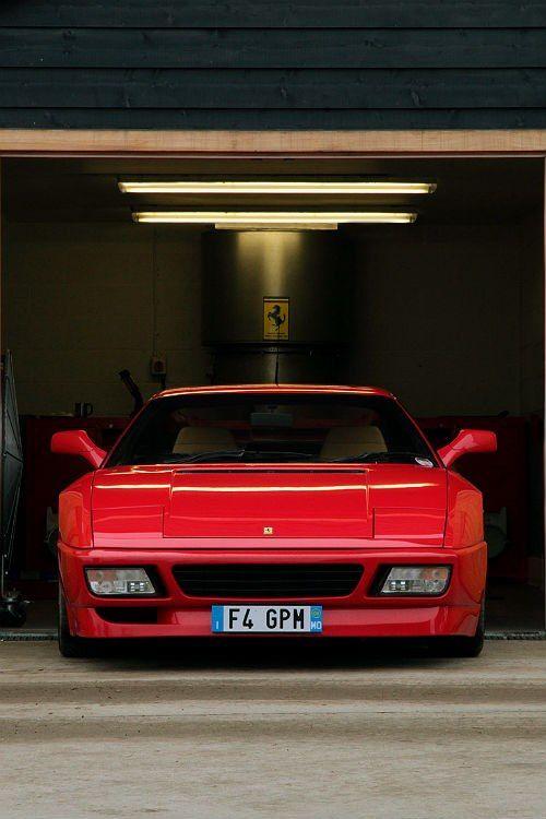don't dare to wake up the 300 horses  #Ferrari 348