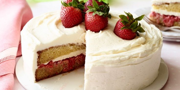 Recipe&How To:Strawberry Shortcake Cake  If you like cream cheese, this is your recipe.