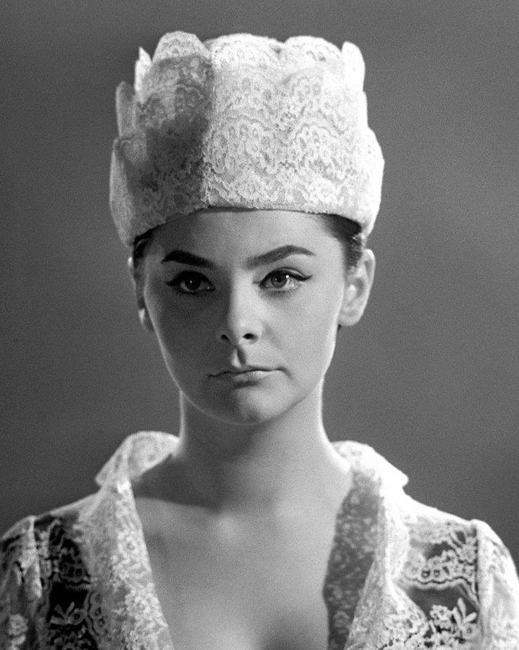 Béres Ilona, 1964 fotó: Keleti Éva