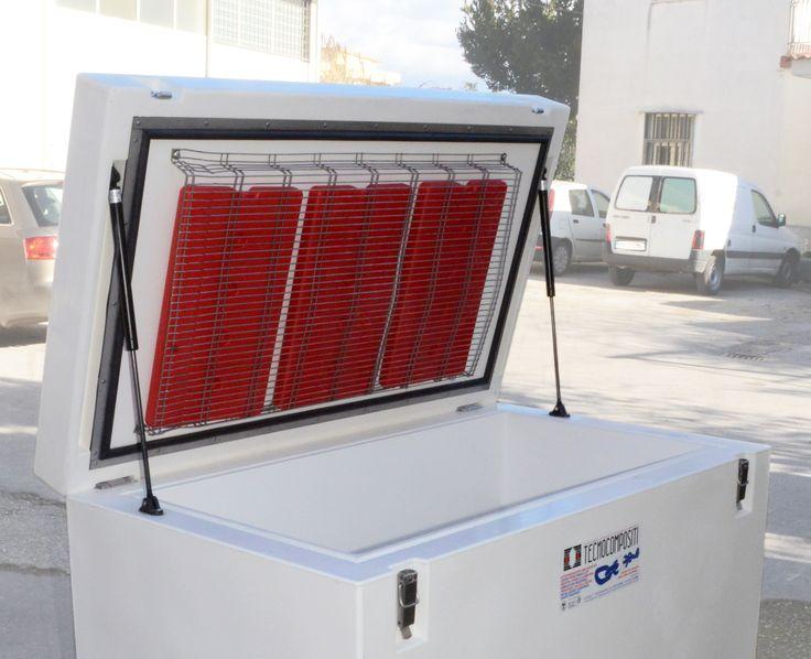 """Modello ISO 500 con #piastre #eutettiche mobili #precongelate. Categoria """"IR"""" in regime A.T.P. #Capacità #500Litri  #CASSAMOBILE #trasporto #alimenti #deperibili"""
