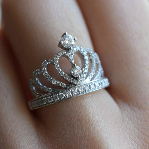 fancy sparkling fake diamond sweet heart crown style promise ring http://www.jewelsin.com/p-invincible-glittering-tiara-silver-fake-diamond-crown-engagement-ring-for-women-1400