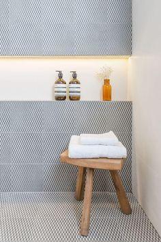 Conheça nossa incrível seleção de fotos de nichos para banheiros em diferentes projetos para se inspirar. Confira!