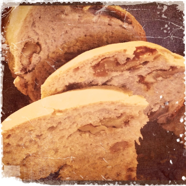 Pane Martino - bread made ​​with chestnut flour and nuts