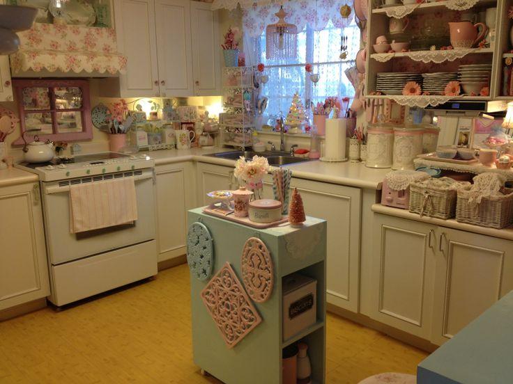 681 best romantic kitchen images on pinterest shabby for Romantic kitchen designs