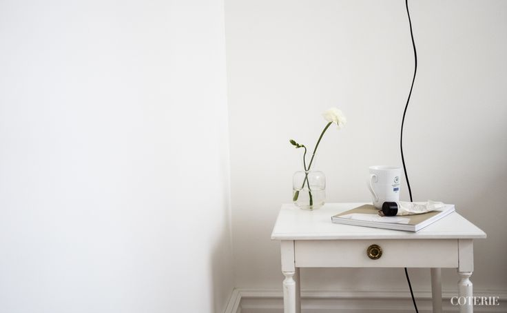 Two friends, one blog driven by a passion for fashion and interior. Join our coterie at www.coterie.fi   #Coterieofficial #Coterie #blog #interior #home #deco #decoration #decor #white #Scandinavian #scandinavianstyle #scandinatiandesign #details #sidetable #Bukowskismarket #magazine #kinfolk #coffeemug #royalcopenhagen