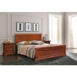 Stanza da letto. #letto #lettoinlegno #stanzedaletto #interiordesign #boiseries #mobiliinlegno #wood #design