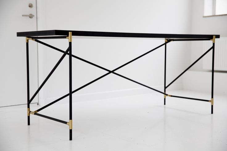 The HANDVÄRK Desk measures 61x181x74. It comes flatpacked and is very easy to handle.