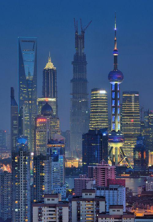 Geschäftlich für 2 Wochen in Shanghai. Immer Visitenkarten sammeln, weil keine oder kaum jemand spricht Englisch