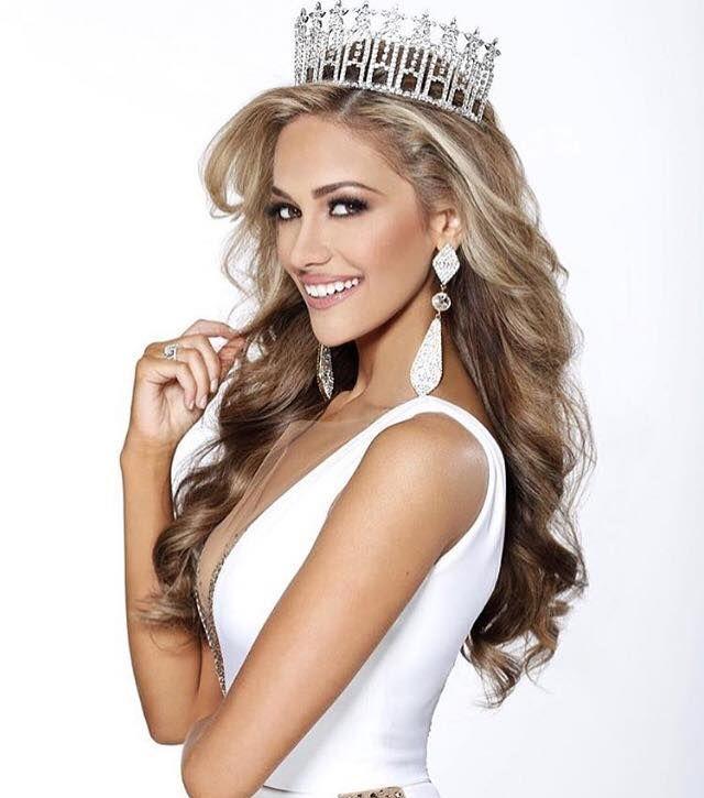 Miss Texas USA 2016 Daniella Rodriguez.