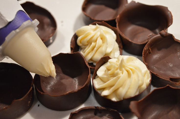 Hjemmelagde påskeegg uten palmeolje (hvit sjokolademousse) #4ingredients #candy #konfekt #snop #freia #chocolate