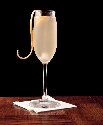 De 3 Bästa Nyårsdrinkarna! #Obsid #Drinkar #Drink #Dryck #Whisky #Vodka #Rom #Cognac #Champagne #Nyår #Nyårsafton #Oldfashioned #Recept http://www.obsid.se/livsstil/de-3-basta-nyarsdrinkarna/