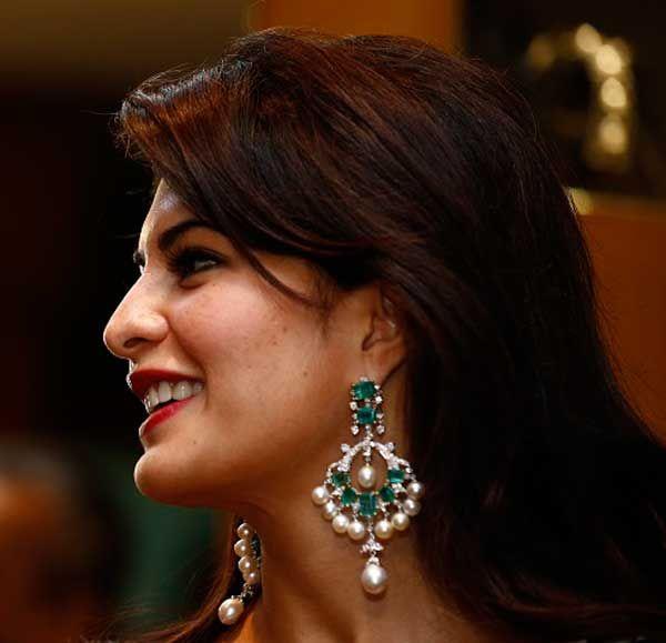 Best 25+ Diamond chandelier earrings ideas on Pinterest | Yoko ...