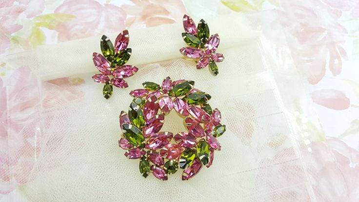 Napier Rose and Olivine Navette Brooch and Clip Earrings Signed Vintage Show Stopper Book Pieces Gold Setting
