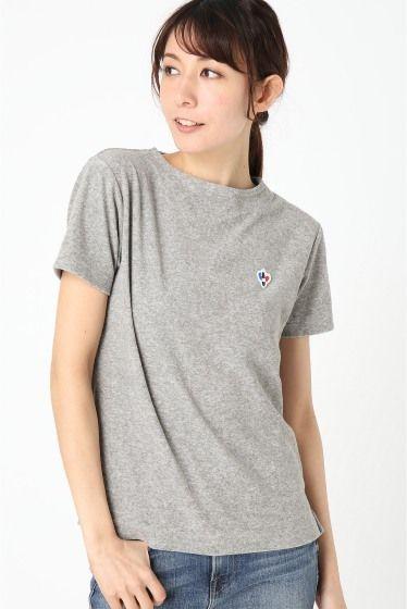 ARVOR MAREE PILE BASQUE Tシャツ  ARVOR MAREE PILE BASQUE Tシャツ 7344 ARVOR MAREE アルボーマレー フランスのサーフスポットラカナウのロコサーファーたちがプライベートなプリントTシャツを作ったことが始まりの アルボーマレー ブランドネーム Arvor の意味はブルターニュ地方の古語海を表す言葉から敬愛を込めて付けられました 一見シンプルなスタイルにArvor Mareeらしいマリンティストを加えたデザインがさりげないスパイスとして効いています サーフィンのみにこだわらず海を愛する全ての人たちに着てほしいとの思いを込めて 潮風を感じられる日常着をテーマにモノ作りを続けています モデルサイズ:身長:166cm バスト:78cm ウェスト:59cm ヒップ:88cm 着用サイズ:フリー