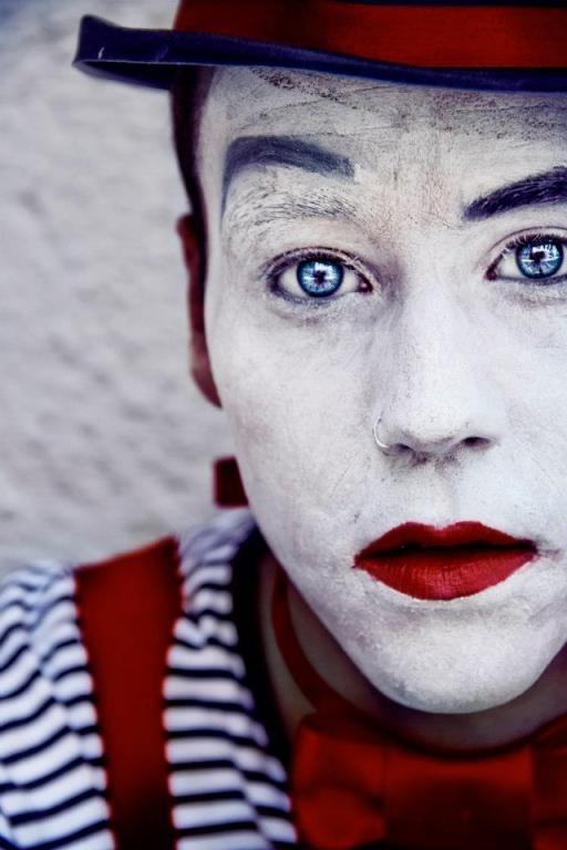 PORTRAIT PHOTOGRAPHY: SOL VÁZQUEZ (NANIHTA) [INTERVISTA]    http://100mm.it/2013/03/05/portrait-photography-sol-vazquez-nanihta-intervista/