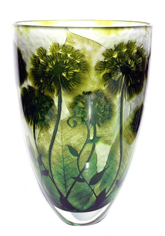 Jonathan Harris hand carved Intrinsic olive emeral dandelion vase