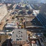 IGLO Antwerpen Wij verzorgden op dit werk: - Ca. 4000m2 Prefab dakelementen, samengesteld uit FJI liggers - De prefab HSb dakkapellen - De prefab HSB schoorsteenschijven - De gootbetimmeringen - De aluminium goten - De aluminium HWA's - De daklichten - De PVC dakbedekkingen