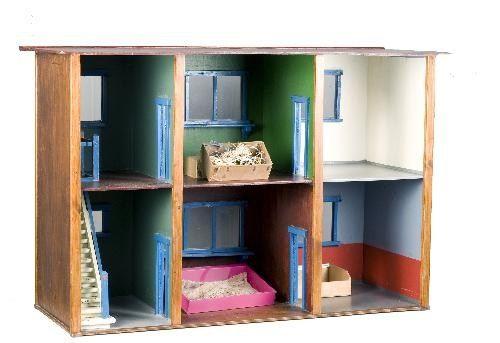 dollhouse made by Ko Verzuu In 1927