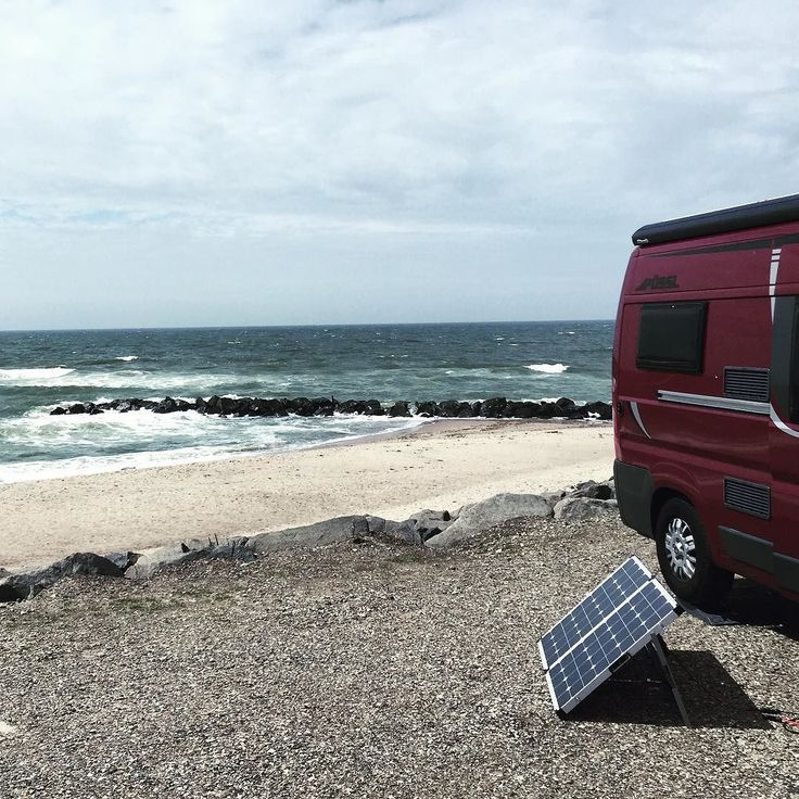 Loading... #solarpower #solarpanels #energy #vanlife #vanlifediaries #waves #sun…