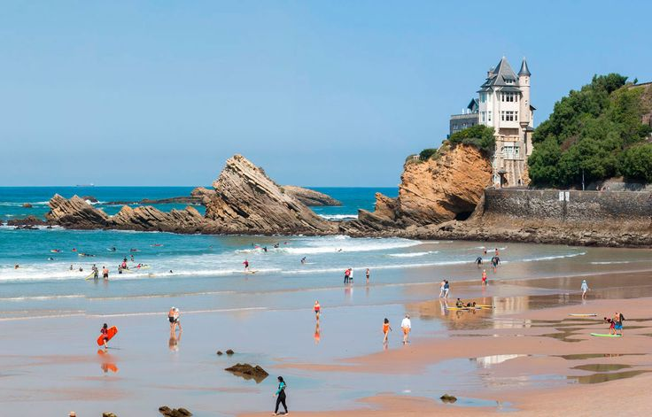 Visit the Basque Country, the Landes and the Périgord. Food, Ocean and Sun.