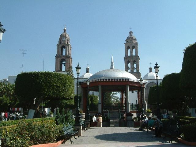 Mexico guanajuato | Luxurious Garden Of Irapuato Main Plaza In Guanajuato