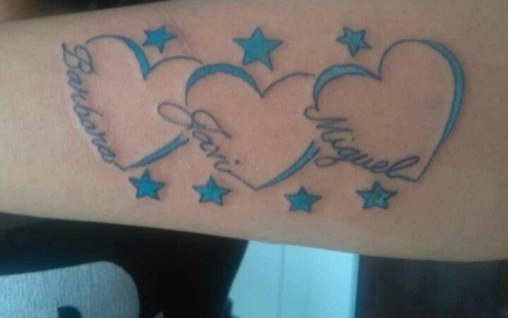 Corazones Con Nombres Y Entrelazados Con Estrellas Al Rededor Tattoos Infinity Tattoo Tatoos