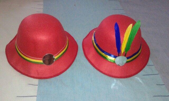 Sombrero para traje de diablada Adornado por Marcia Villalobos