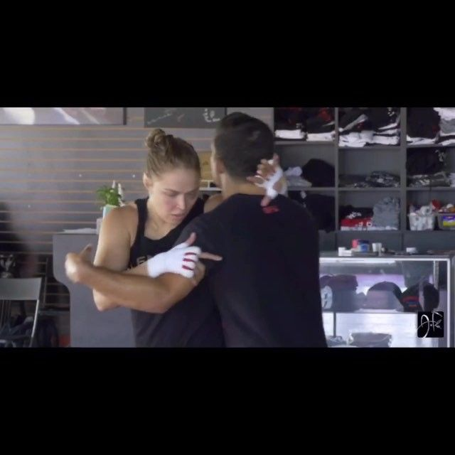 Ronda Rousey training video. I hope her partner gets paid well. #mma #ucffighters