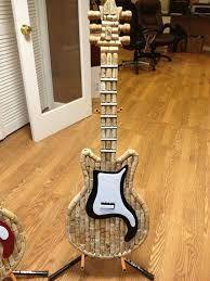 laboratori per bambini creativi con i tappi di sughero kids craft wine corks chitarra guidar