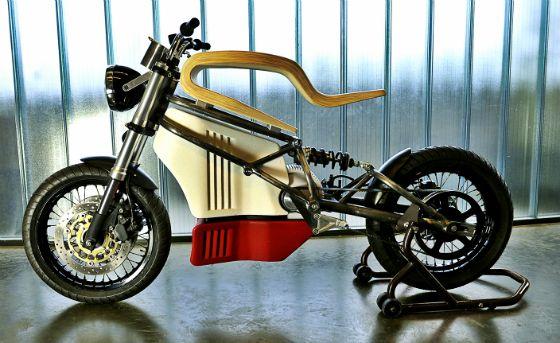 e-Raw: la moto électrique en bois branché