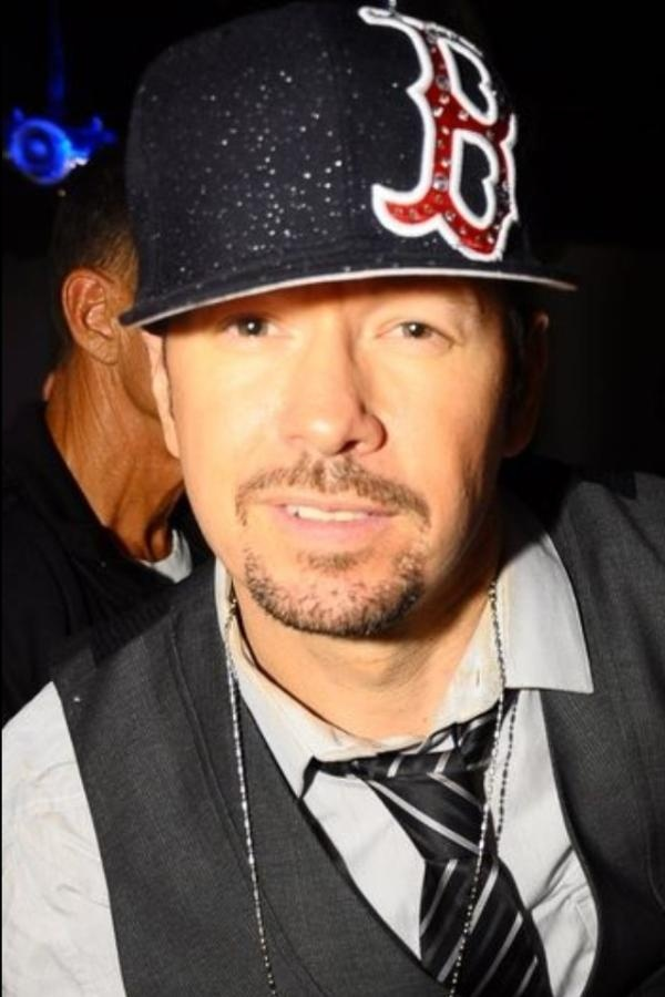 love seeing all his different RED SOX hats!!!