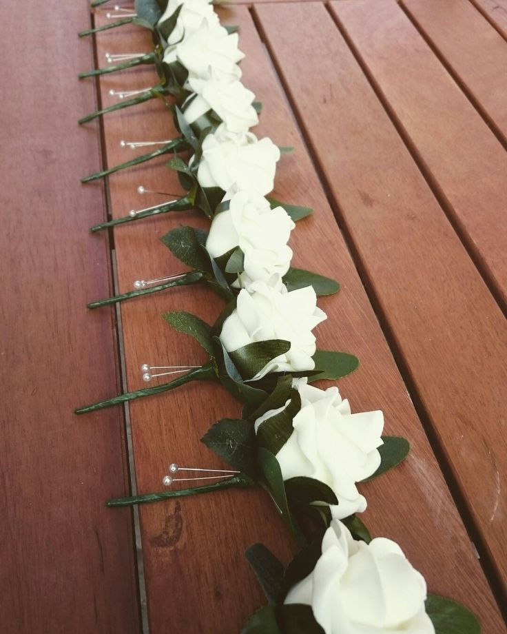 Gents plain rose buttonholes, with just folliage, www.dawniesweddingbouquets.co.uk.🌸