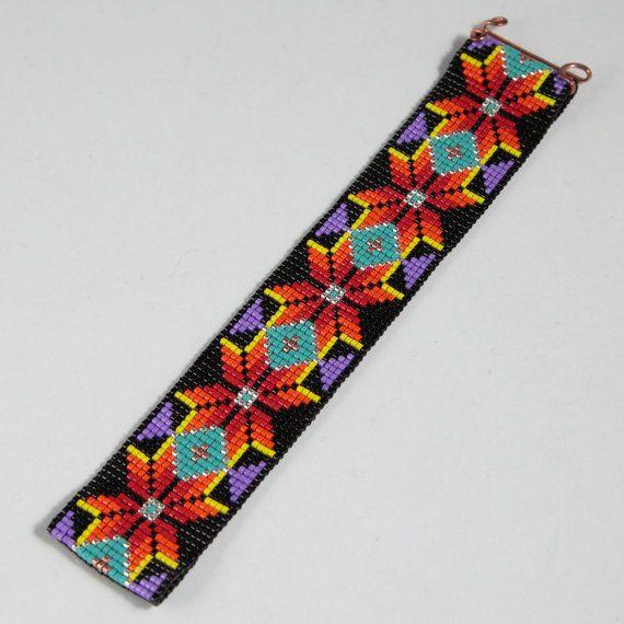 Questo bracciale nativi americani stile Boho perlina Loom è stato ispirato dai reticoli indiani americani vedo e amore intorno a me qui ad