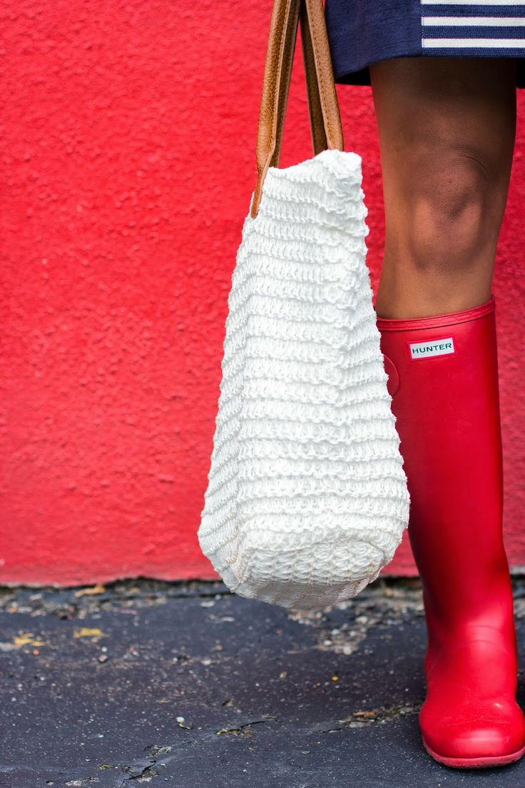 A Southern Drawl: Red, White, & Blue #jcrew #hunterboots