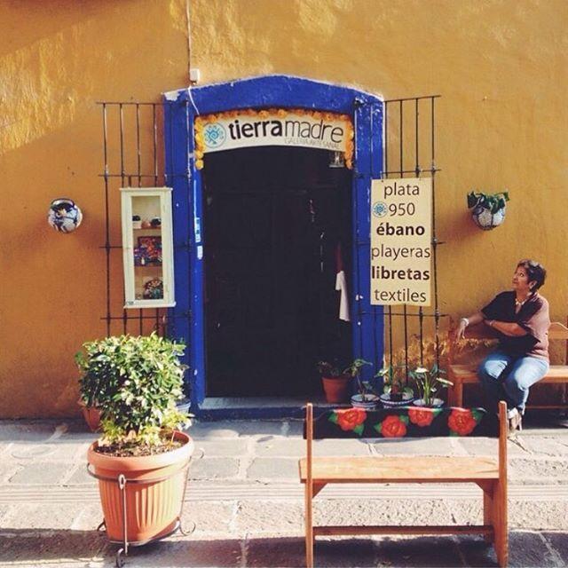 ¡Viva México! 🇲🇽 Un país hermoso, hospitalario, lleno de cultura y tradiciones, que día tras día nos inspira y nos sorprende ✨ Porque los productos Caña de Azúcar son hechos en México y hechos con amor! ❤️