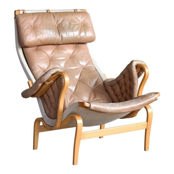 Pernilla Lounge Chair In Camel Colored Tufted Leather By