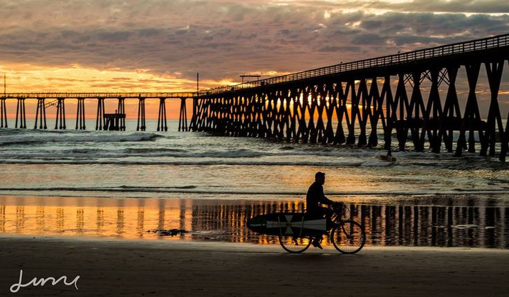 Golden evenings served daily! This is Rosarito Beach Baja #TGIF Pics by carlosluna and Escuela De Surf Locales