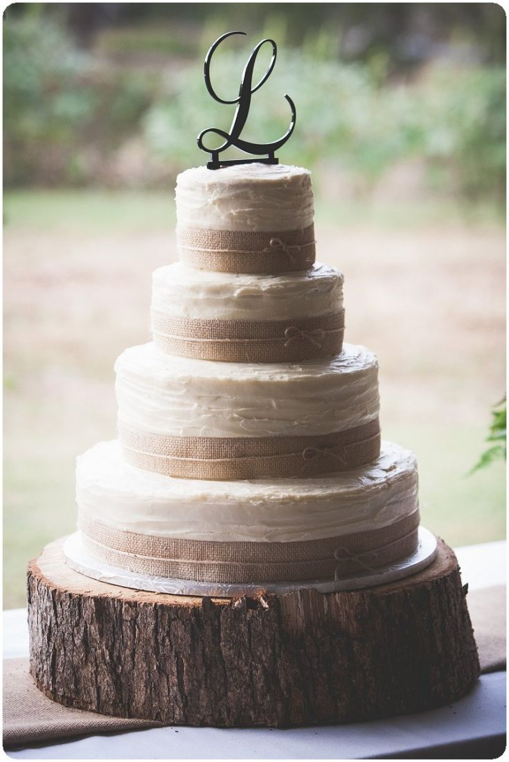 Rustic Wedding Cake @Amy Lyons Lyons Lyons Fedick Simple and beautiful! Would totally match your theme!