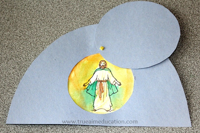 "Easter craft for kids...I may have the kids to theirs without Jesus in the tomb, but the words, ""He is risen!"""